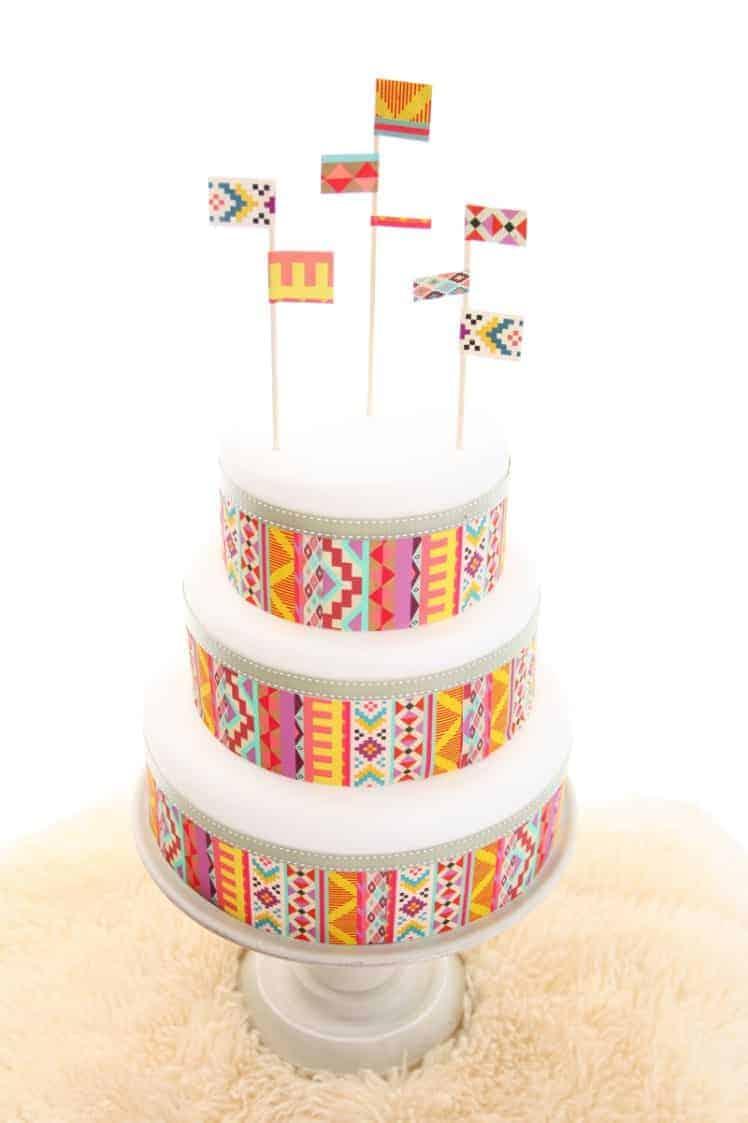 Edible-Cake-Paper-DIY-wedding-Cake-Tutorial-9