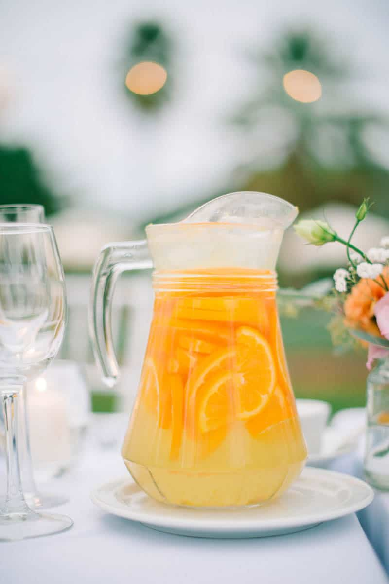 HOW TO PLAN YOUR WEDDING WHEN YOU LIVE LONG DISTANCE. A CITRUS THEMED WEDDING IN THE IBIZIAN COUNTRYSIDE (28)