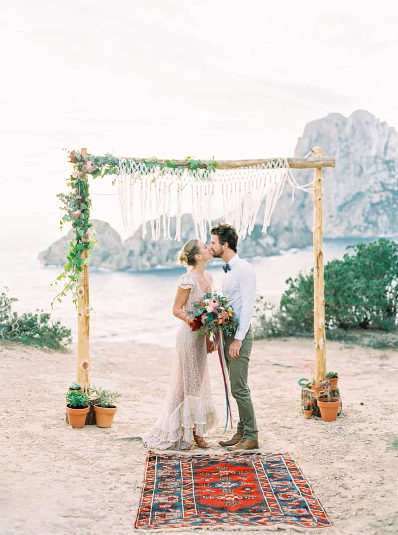 STYLED INSPIRATION AZTEC BOHO CACTUS WEDDING SHOOT IN ES VEDRA IBIZA (25)
