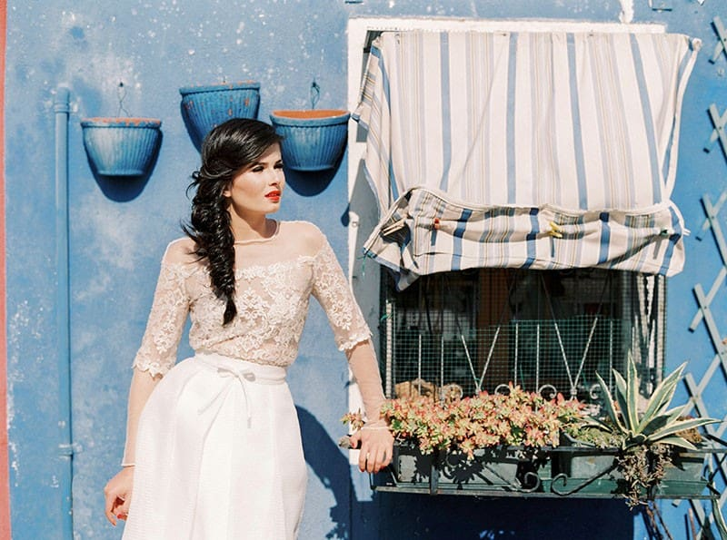 COLOURFUL WEDDING INSPIRATION IN BURANO, ITALY (11)