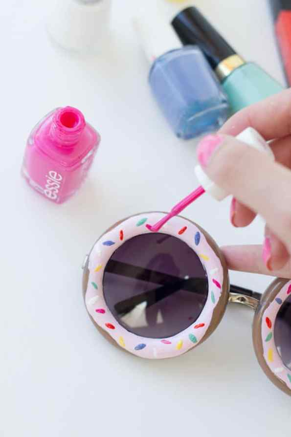 DIY-Donut-Sunglasses-National-donut-day-studio-diy