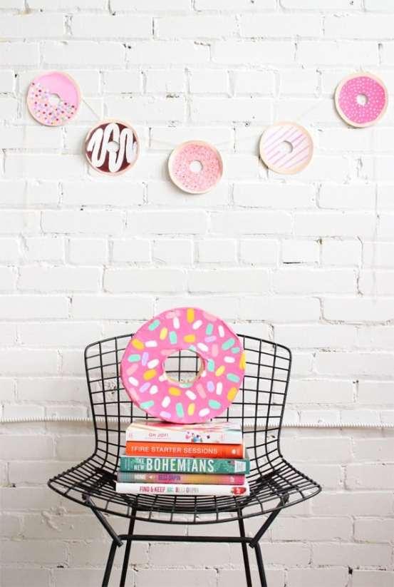 donut-papier-mache-donut-garland