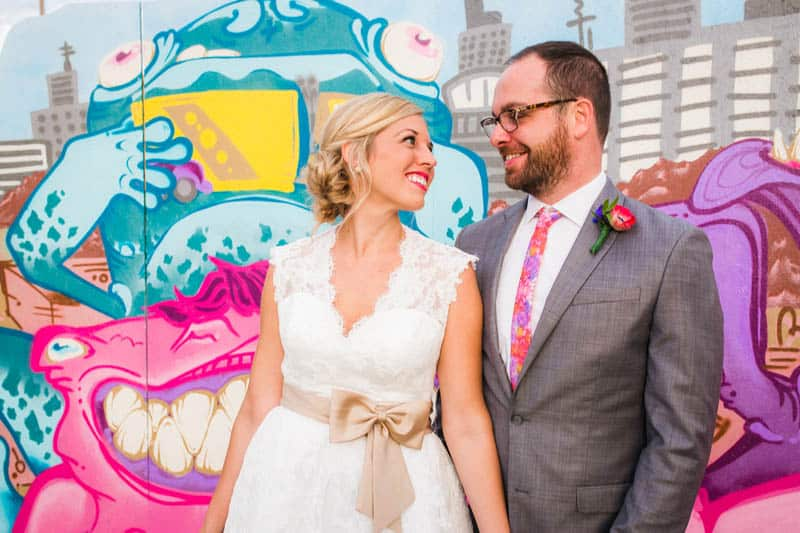 HANDMADE COLORFUL INTIMATE WEDDING IN A COFFEE SHOP (23)