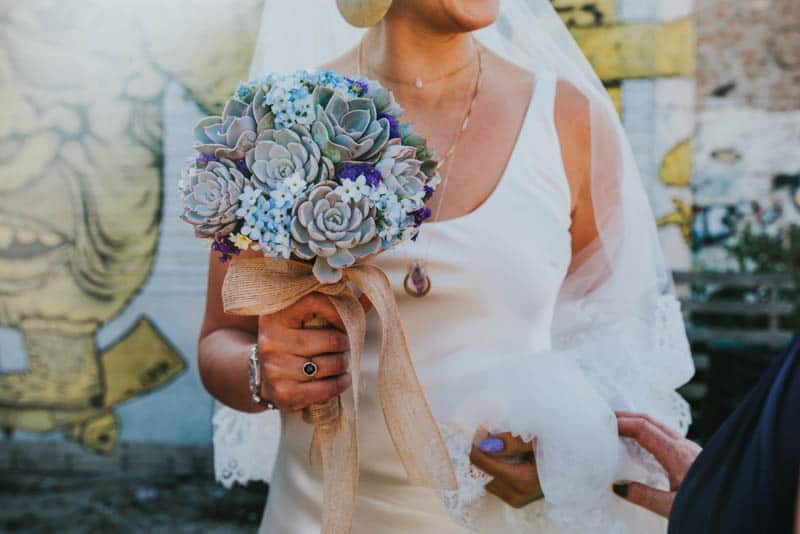 MODERN GATSBY GOES TO COACHELLA WEDDING WITH STARWARS (23)