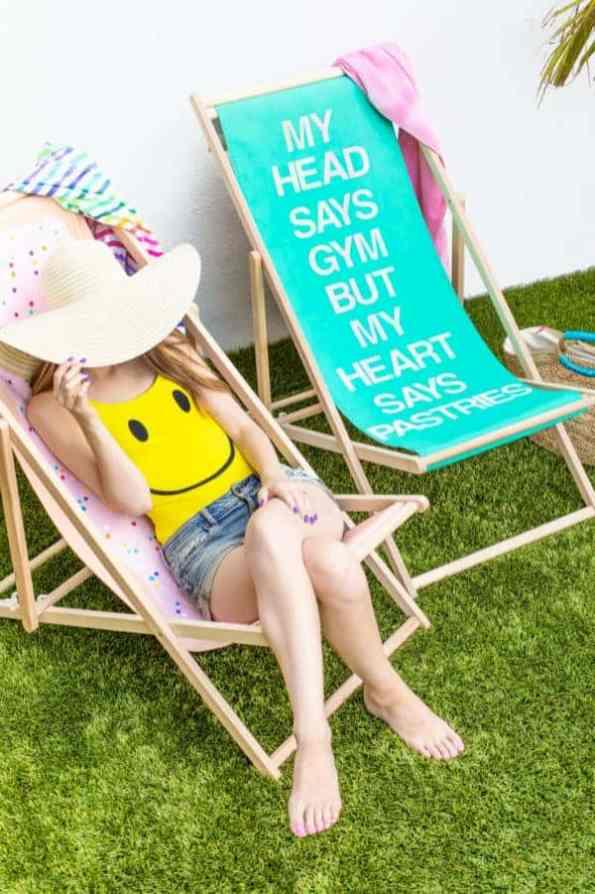 Pop-Tart-Beach-Chairs-9-600x900