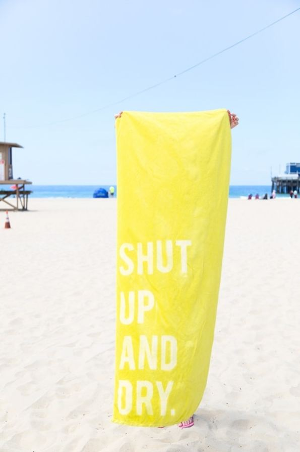 graphic-beach-towels-4-600x900