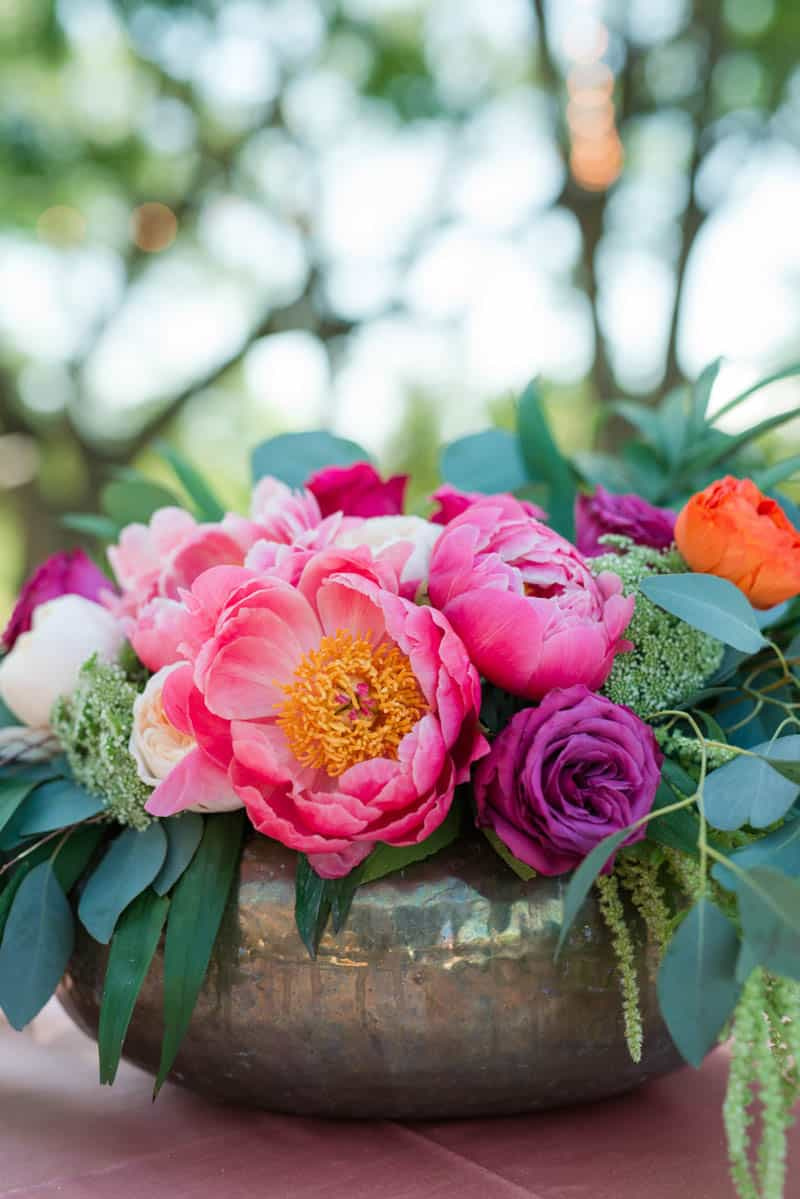 BOLD & VIBRANT HOT PINK CORAL BOHEMIAN STYLING WEDDING IDEAS (2)