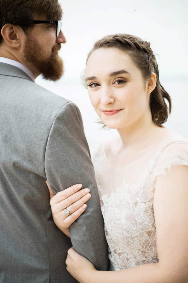 QUINTESSENTIALLY BRITISH & INTIMATE LAKESIDE WEDDING IN MAINE (6)