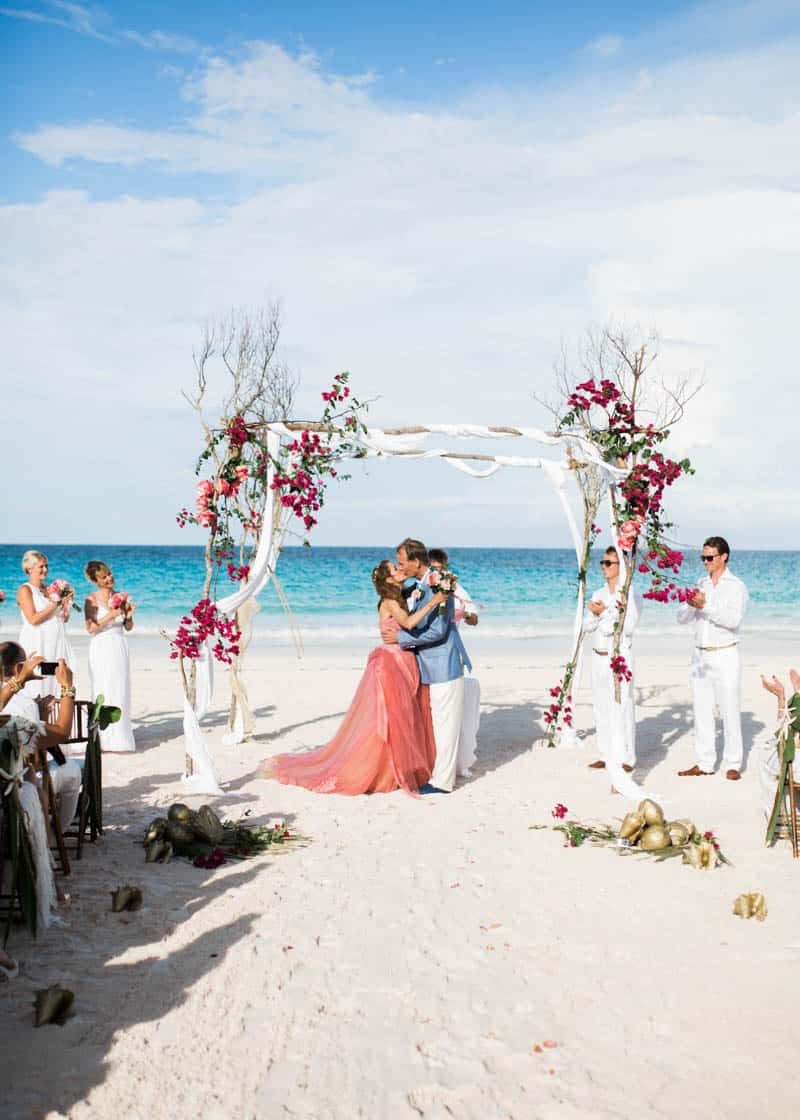 REAL LIFE CINDERELLA FAIRY TALE WEDDING IN THE BAHAMAS WITH A PINK VERA WANG DRESS (15)