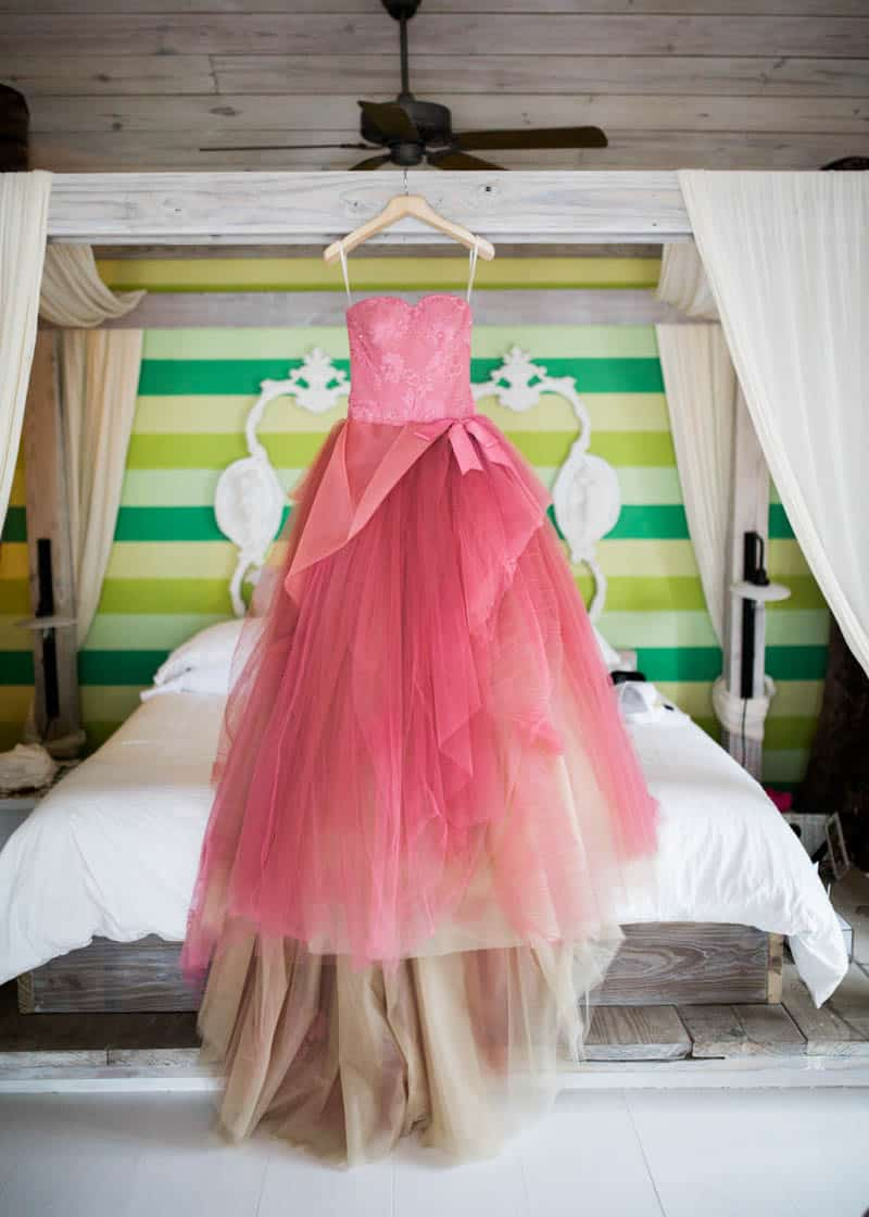 REAL LIFE CINDERELLA FAIRY TALE WEDDING IN THE BAHAMAS WITH A PINK VERA WANG DRESS (17)
