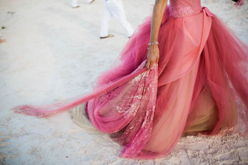 REAL LIFE CINDERELLA FAIRY TALE WEDDING IN THE BAHAMAS WITH A PINK VERA WANG DRESS (27)