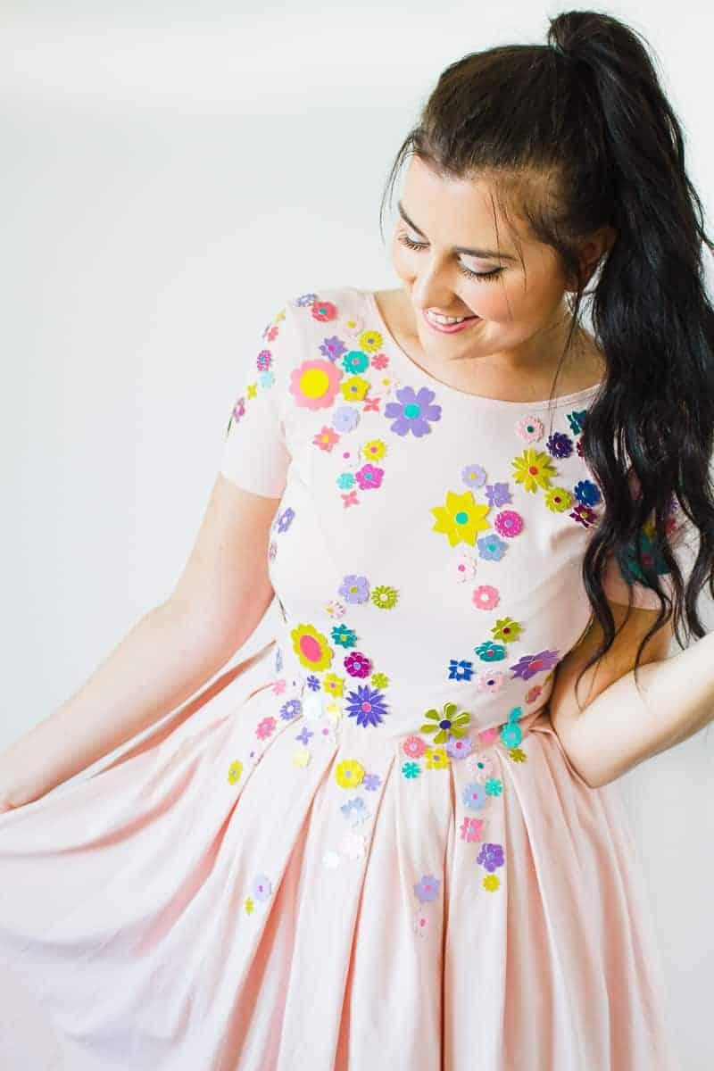 diy-embellished-dress-make-your-own-wedding-bridesmaid-dress-cricut-brooch-jewels-floral-flower-summer-fashioin-tutorial-2