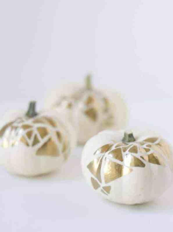 diy-no-carve-gold-geometric-pumpkin-decoration-for-halloween-2