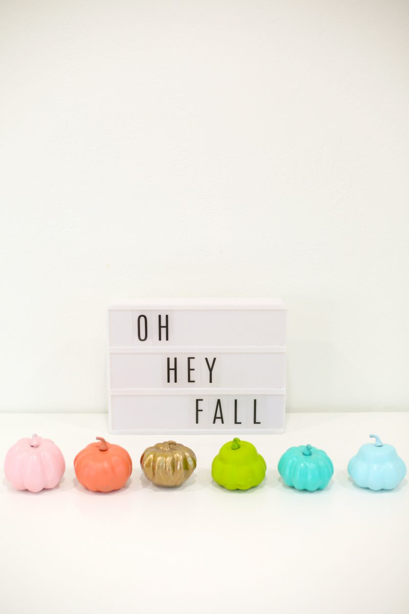 diy-painted-mini-pumpkins-for-halloween