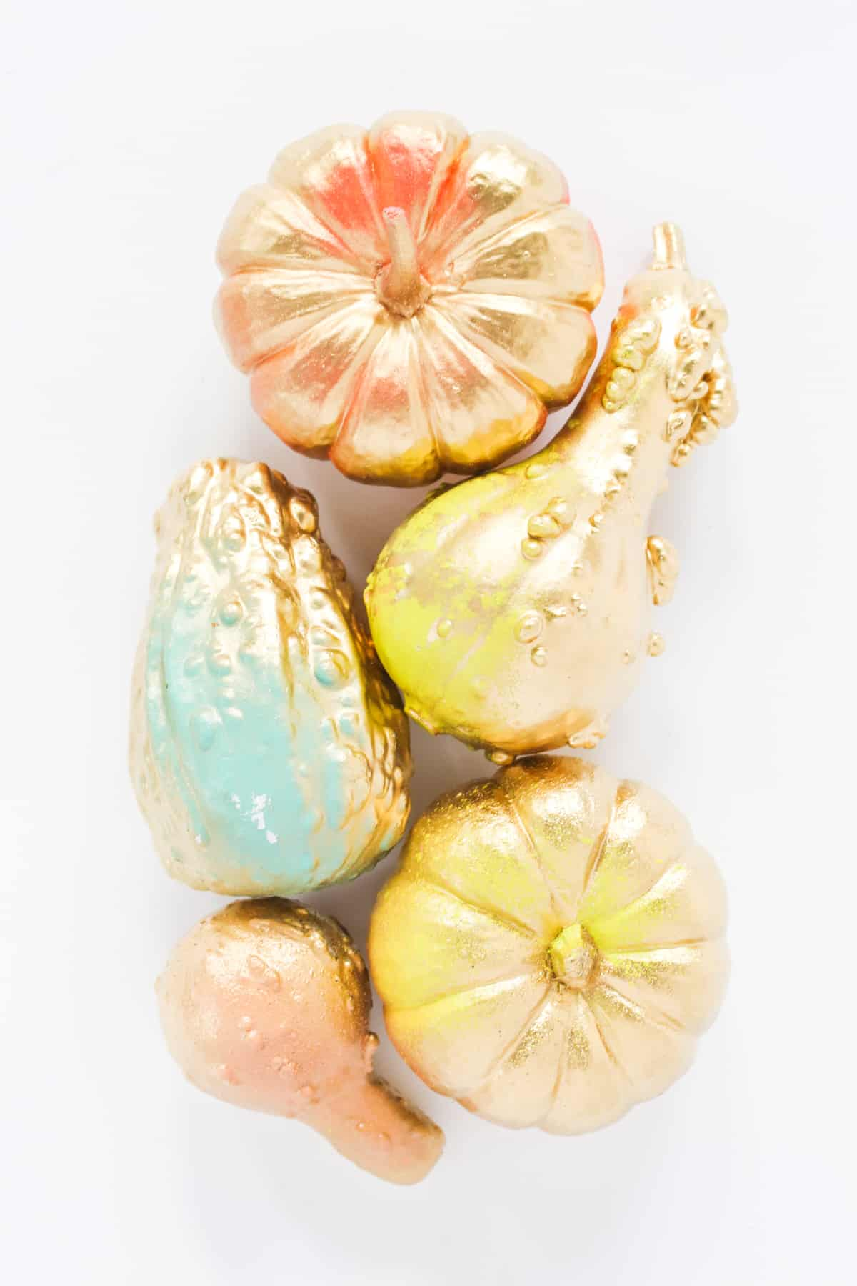 gold-neon-effect-pumpkins-for-halloween-2