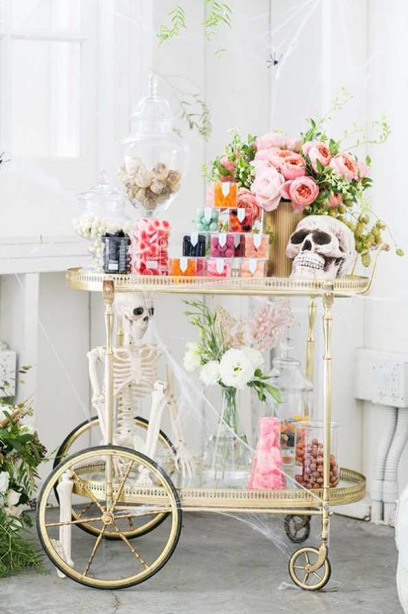 halloween_candy_cart_sugarandcharm_1