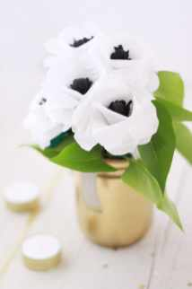 best-paper-flower-tutorials-for-your-wedding-paper-flower-anenomes-bespoke-bride-wedding-blog