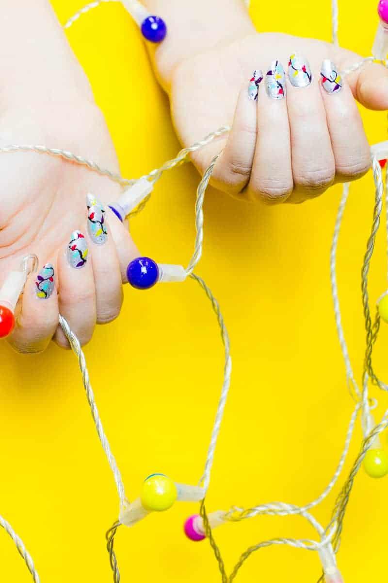 christmas-light-nails-manicure-mani-festive-colourful-xmas-silver_-5