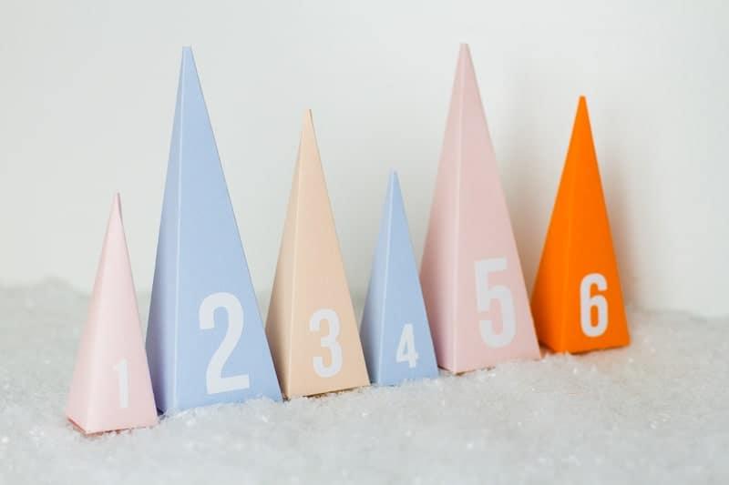 diy-advent-calendar-christmas-tree-pyramid-modern-colourful-handmade-cricut-card-sweets-candy-chocolate-6