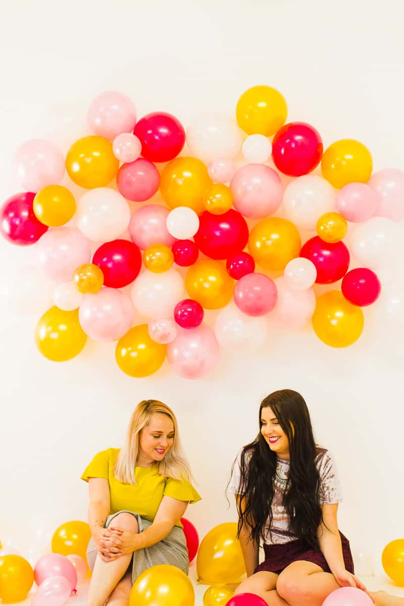 diy-balloon-backdrop-new-years-eve-photo-booth-colourful-fun-decor-ideas-tutorial-19