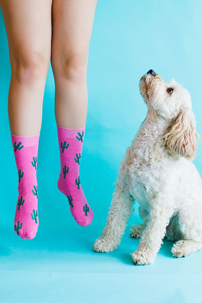 diy-christmas-socks-polka-dot-gold-cactus-glitter-pink-make-your-own-tutorial-cricut-6