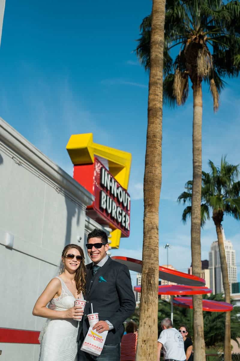 COLORFUL LAS VEGAS ELOPEMENT WITH LUNCH AT IN-N-OUT BURGER (7)