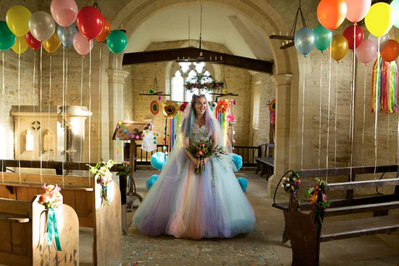 COLORFUL UNICORNS AND RAINBOWS THEMED WEDDING IDEAS (5)