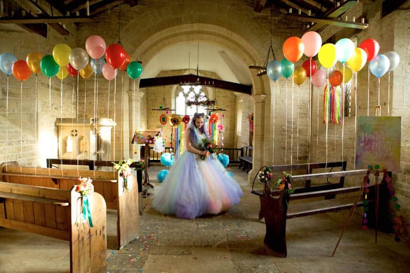 COLORFUL UNICORNS AND RAINBOWS THEMED WEDDING IDEAS (6)