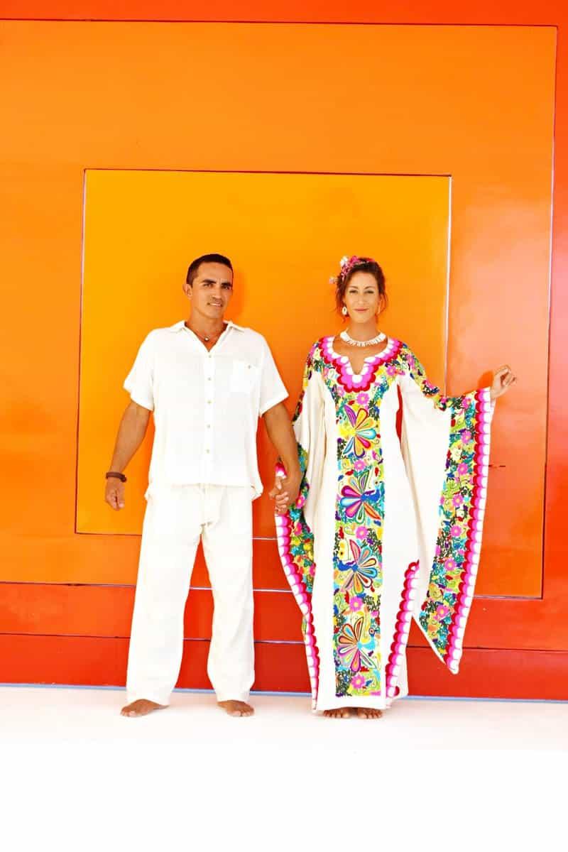 MYSTICAL VIBRANT WEDDING IDEAS IN SAYLUTIA MEXICO (13)