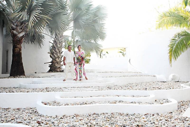 MYSTICAL VIBRANT WEDDING IDEAS IN SAYLUTIA MEXICO (15)