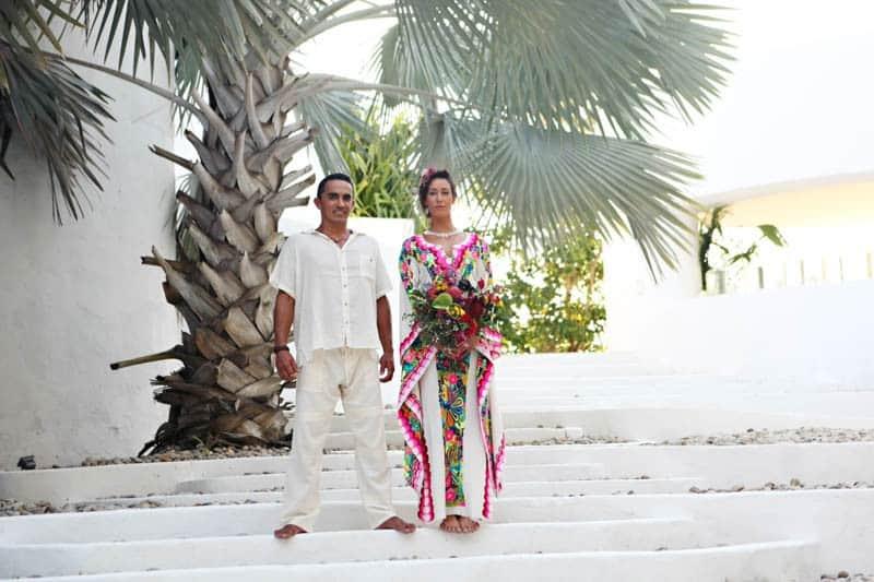 MYSTICAL VIBRANT WEDDING IDEAS IN SAYLUTIA MEXICO (16)