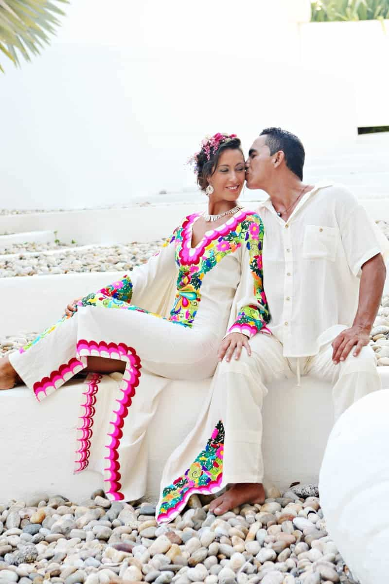 MYSTICAL VIBRANT WEDDING IDEAS IN SAYLUTIA MEXICO (17)