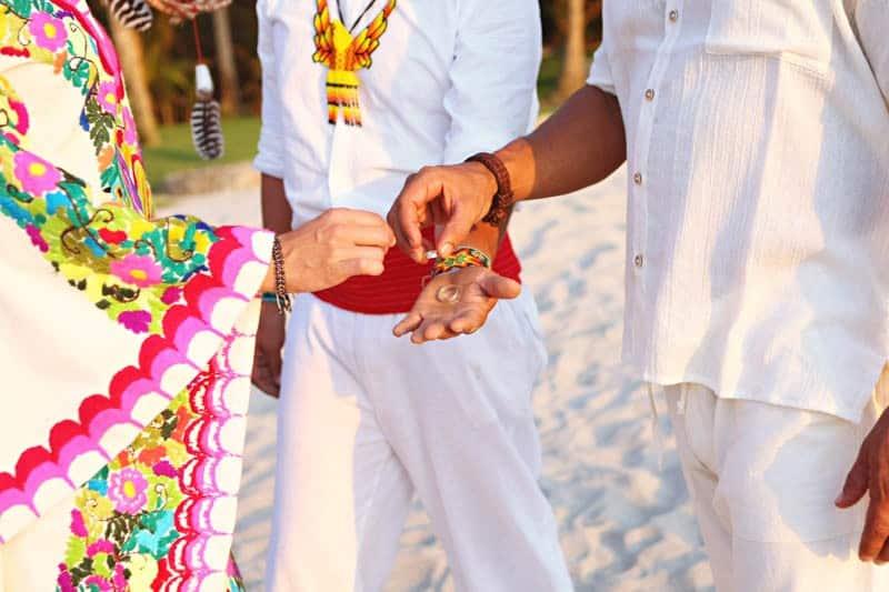 MYSTICAL VIBRANT WEDDING IDEAS IN SAYLUTIA MEXICO (22)