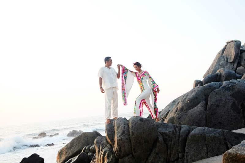 MYSTICAL VIBRANT WEDDING IDEAS IN SAYLUTIA MEXICO (32)