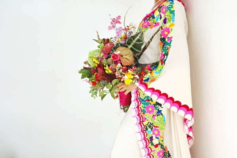 MYSTICAL VIBRANT WEDDING IDEAS IN SAYLUTIA MEXICO (8)