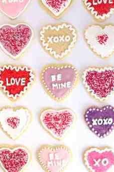 Conversation-Heart-Sugar-Cookies-41