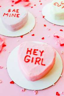 DIY-Conversation-heart-cakes-for-valentines-day-recipe