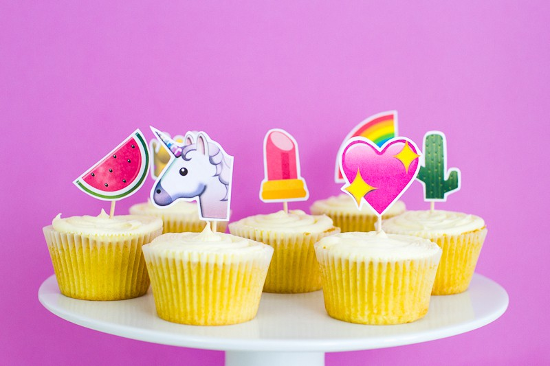 Emoji Cake Topper DIY Printable Download Fun cupcake heart unicorn watermelon rainbow_-11