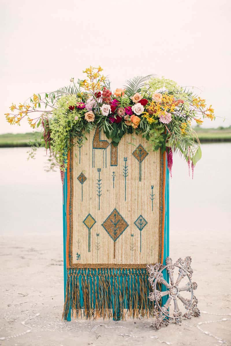 HOW TO STYLE A MOROCCAN BOHO BEACH WEDDING (24)