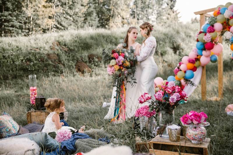 PLAYFUL & ROMANTIC KATY PERRY INSPIRED WEDDING WITH COLORFUL BALLOON ARCH (4)
