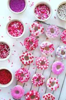 Valentine_Mini_Baked_Donuts_2
