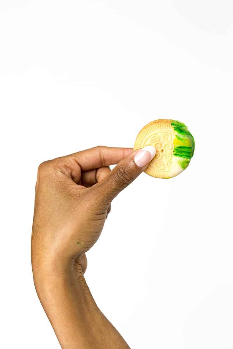 DIY St Patricks Day Marble Cookies 10