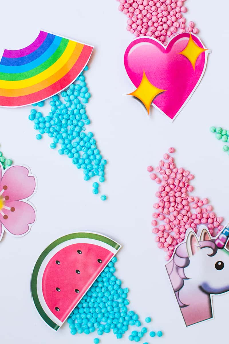 Emoji Favour Bags Pouches Candy Confetti Sweets Fun Unique Favour Ideas Printable Free Download-13
