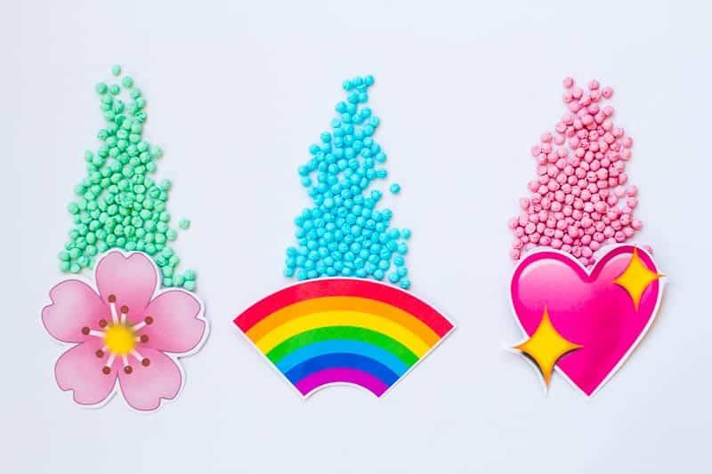 Emoji Favour Bags Pouches Candy Confetti Sweets Fun Unique Favour Ideas Printable Free Download-6