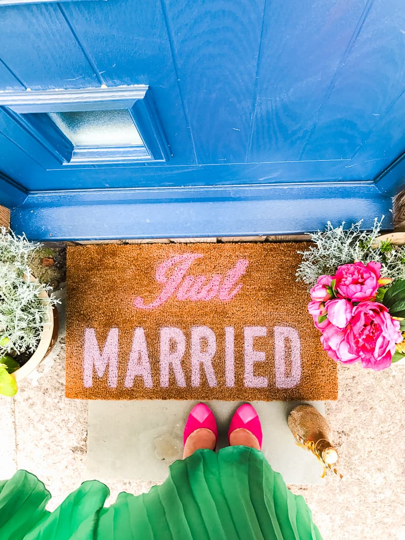 DIY Just Married Door Mat Spray Paint Rustoleum Cricut Newlywed Project Tutorial-5