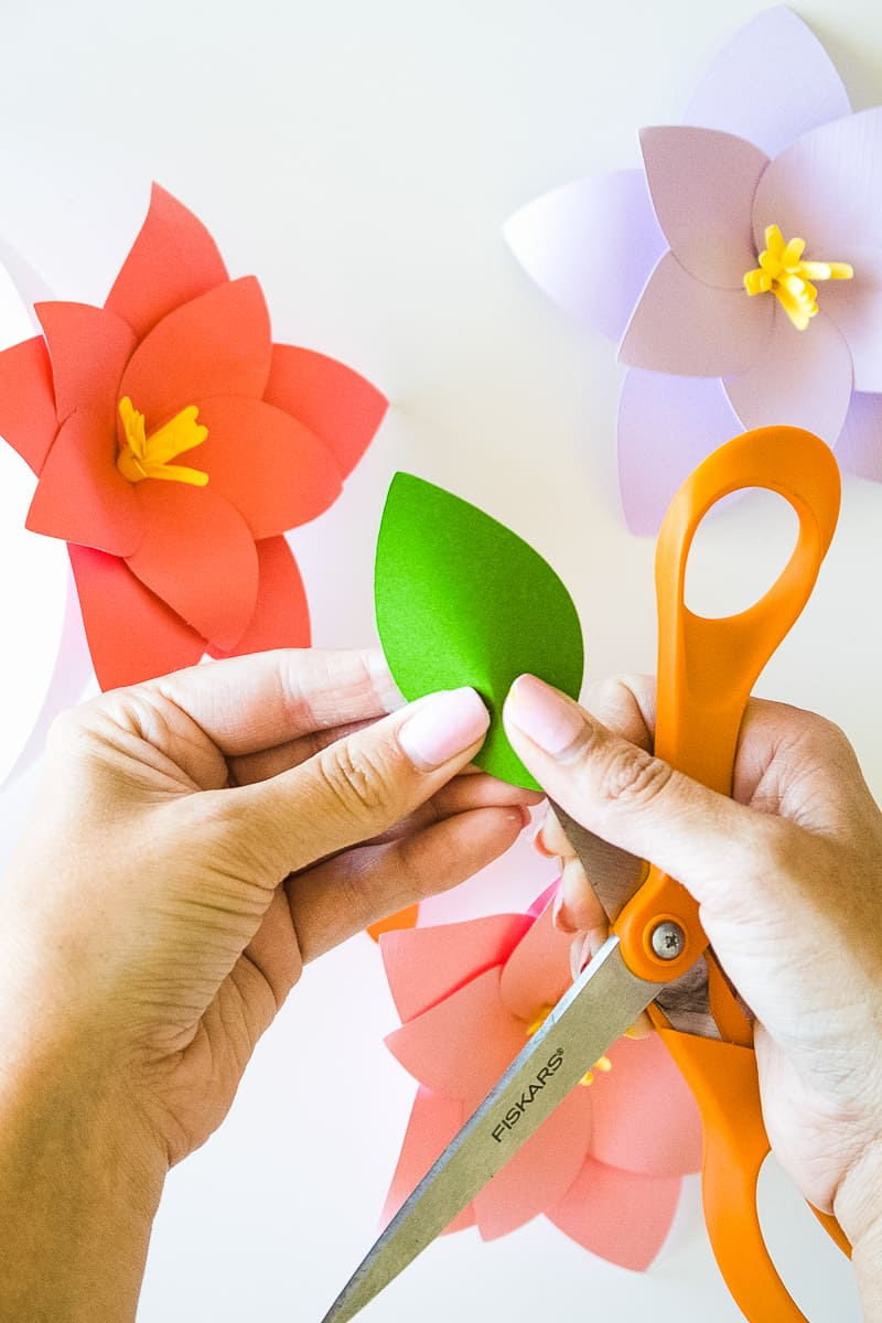 How to make a paper craft flower vaydileforic how mightylinksfo