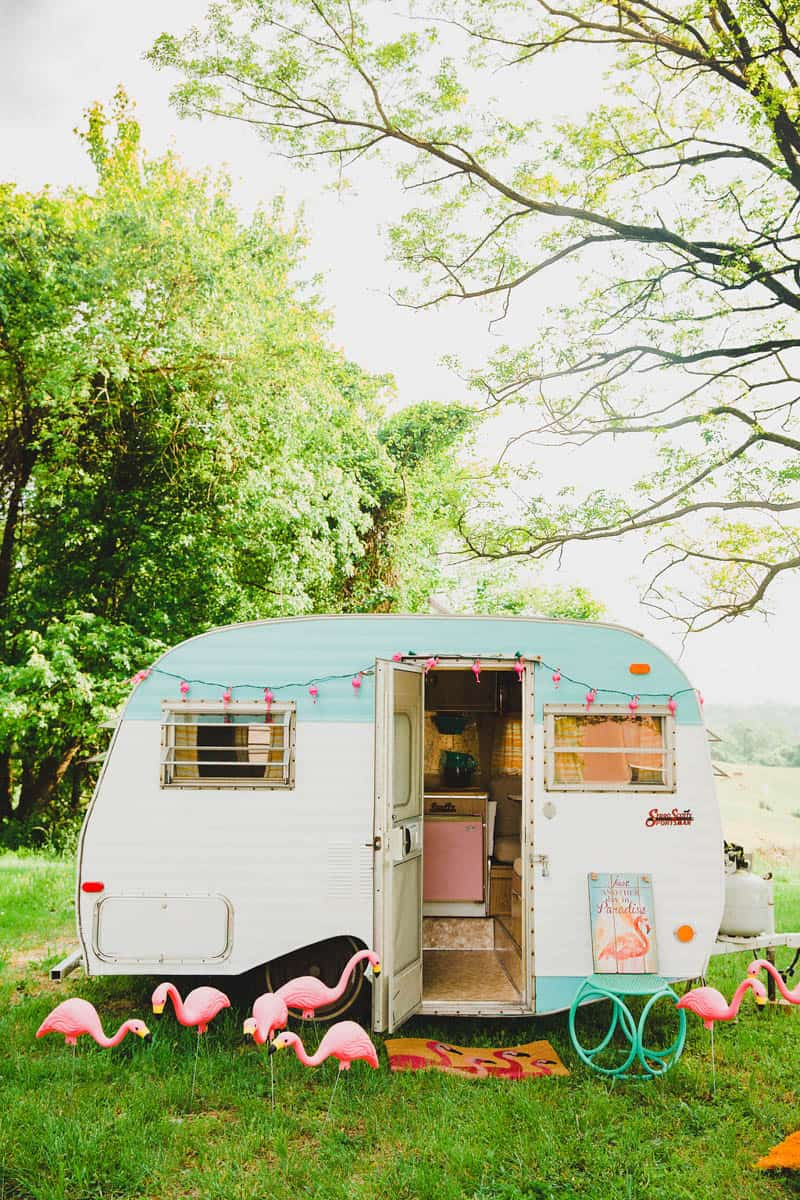 FLAMINGO THEMED ELOPEMENTS IDEAS IN A VINTAGE AIRBNB CAMPERVAN (2)