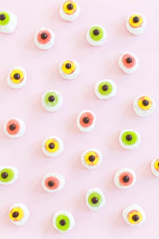 DIY-Mini-Monster-Eyeball-Donuts-6