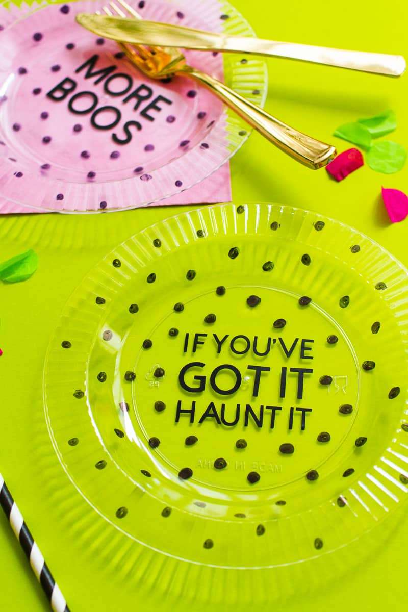 Now that you\u0027re done you can display these plates somewhere as part of your Halloween decor use them as place settings or chargers OR if you want to ...  sc 1 st  Bespoke-Bride & DIY HALLOWEEN PUN CHARGER PLATES SLOGAN TABLE DECOR   Bespoke-Bride ...
