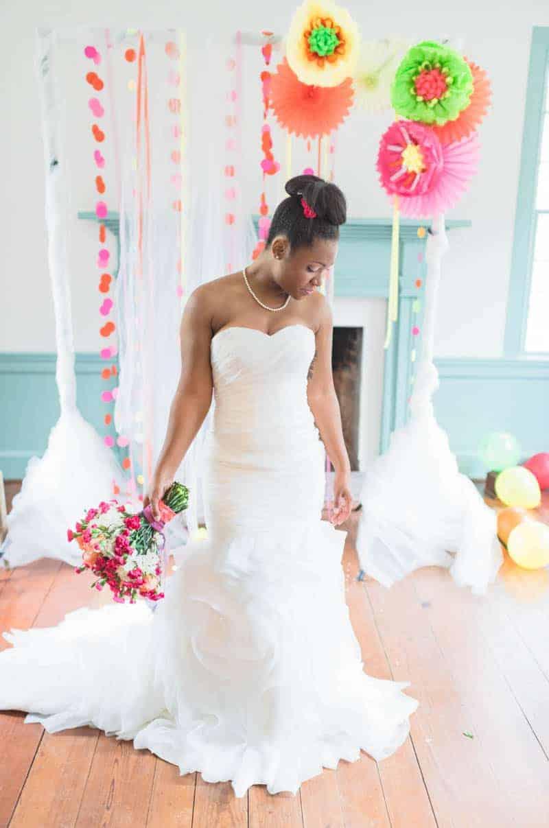 5 TIPS FOR A NEON WEDDING | Bespoke-Bride: Wedding Blog
